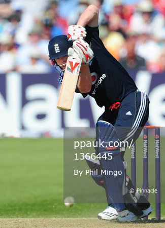 England v West Indies 240509