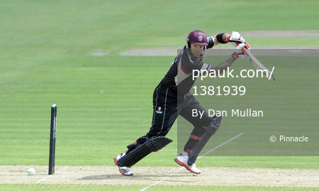 Glamorgan v Somerset 140811