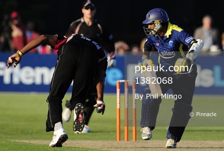 Gloucestershire v Somerset T20 010711