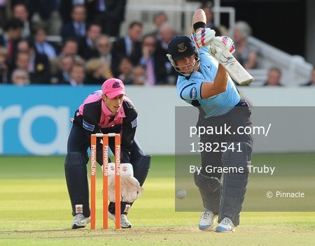 Middlesex Panthers v Sussex Sharks 160611