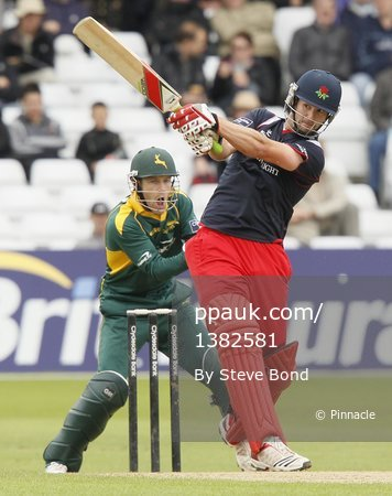 Notts v Lancs 290811