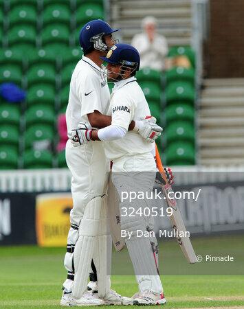 Somerset v India D3 170711
