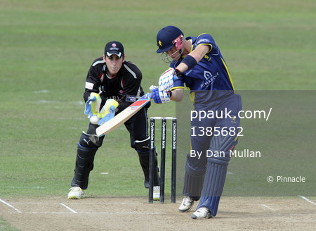 Somerset v Unicorns CB40 210811