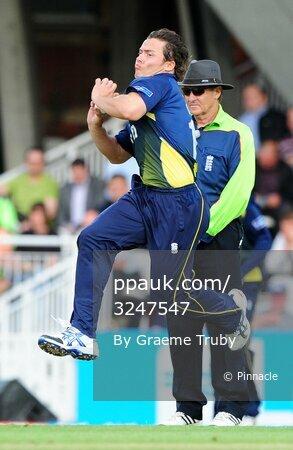 Surrey Lions v Essex Eagles 130611