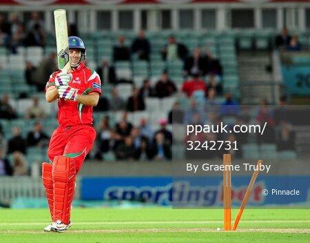 Surrey Lions v Glamorgan Dragons 100611