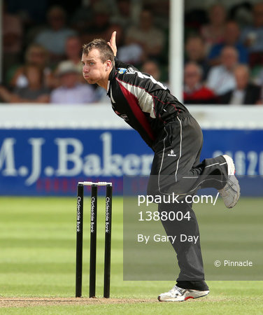 Somerset v Notts 120812