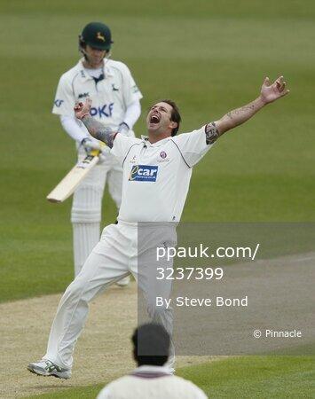 Notts v Somerset  D2 200412