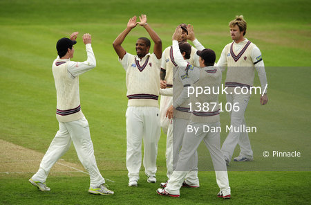 Somerset v Lancashire Day 2 270412