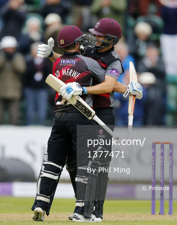 Somerset CCC v Surrey CCC, Taunton, UK - 28 Apr 2017