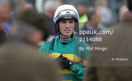 Exeter Races, Exeter, UK - 16 Apr 2019 - Pinnacle Photo Agency