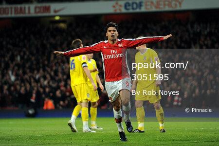 Arsenal v Cardiff  160209