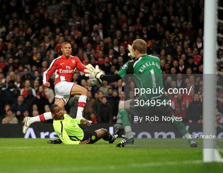 Arsenal v Wigan Athletic  111108