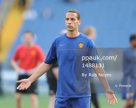 Barcelona v ManU training 260509