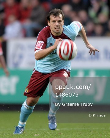 Charlton v Burnley 251008