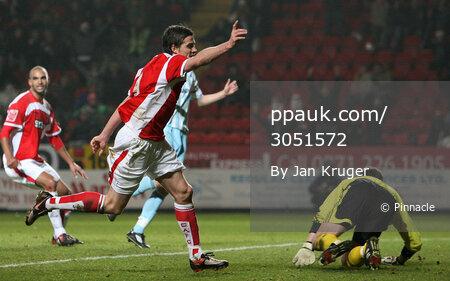 Charlton v Derby 151208