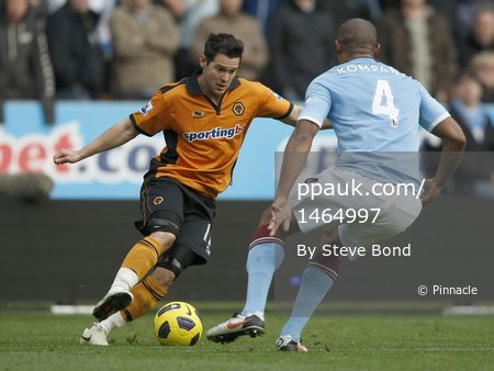 Wolves v Man City 301010