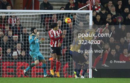 Southampton v Arsenal 261215
