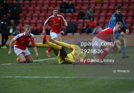 Crewe v MK Dons 310115