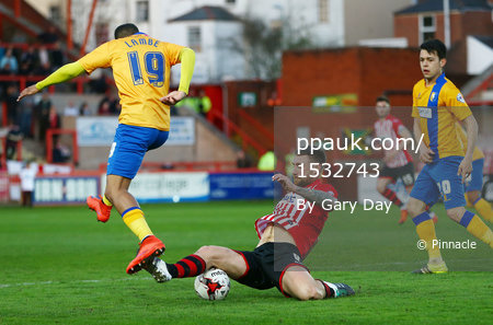Exeter City v Mansfield Town 190416