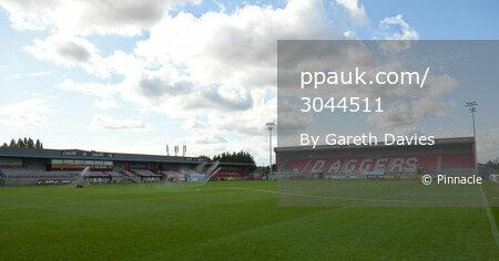 Dagenham & Redbridge v Torquay United - 30 Sept 2017