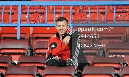 Swindon v MK Dons  250812