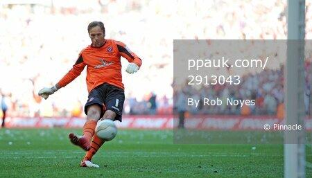 Huddersfield v Sheff Utd  260512