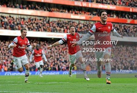 Arsenal v QPR  271012