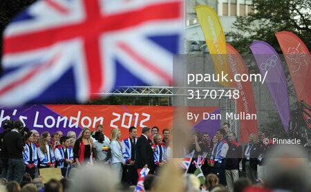 Plymouth Olympic Bus Parade 190912