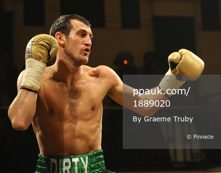 Gary McArthur v Derry Mathews 201110