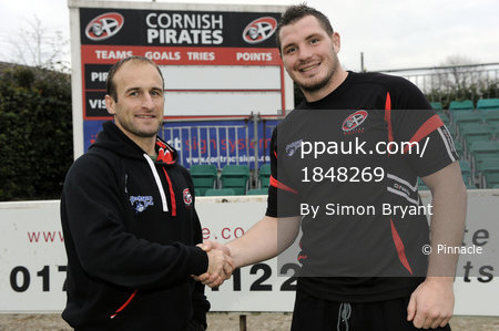 James Phillips Joins Cornish Pirates 261113