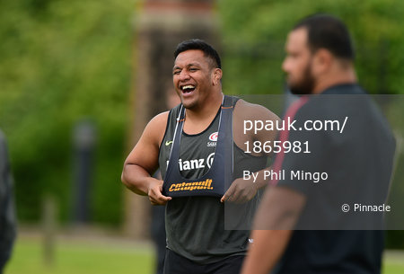 Saracens Rugby Training 260515