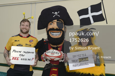 Cornish Pirates Bee Cause 211116