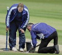 England v Sri Lanka D2 270511