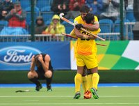 Mens Hockey 020814