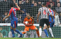 Newcastle United v Crystal Palace, Newcastle - 06 April 2019