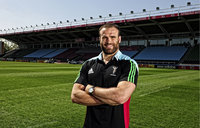 Jamie Roberts Signs for Quins180515